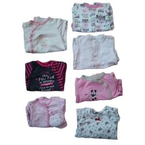 Lot of 7 Girl's Footed Pyjamas with Snaps 18-24m